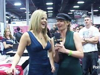Pornhubtv Alexis Texas Interview At Exxxotica 2012