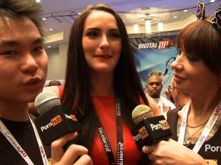 Pornhubtv Bianca Breeze Interview At 2014 Avn Awards