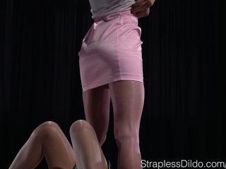 Pink Foot Fetish Dream