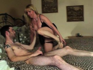 25 Year Old Guy Cums In My Pussy