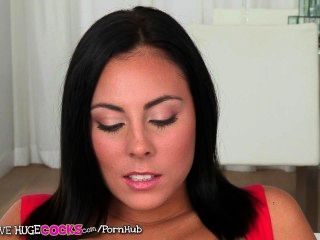 Teens Love Huge Cocks - Sexy Babe Shows Off
