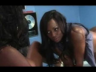 Two Beautiful Blacks Chicks Squirting Showers