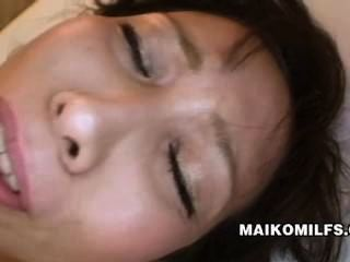 Mayumi Miyazaki Extremely Wet Japanese Milf Pussy