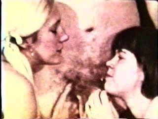 Peepshow Loops 257 1970s - Scene 1
