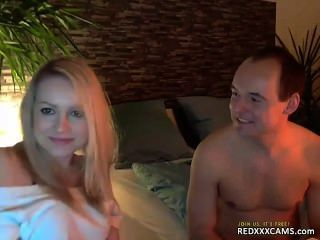Teen Fingering Pussy Webcam Show Leaked From Redxxxcams.com