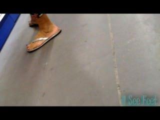 Candid Latina Feet