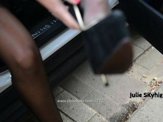 Naughty Peeslut Nude Under Trench In Peeing In Extreme Heels & Wet Stocking