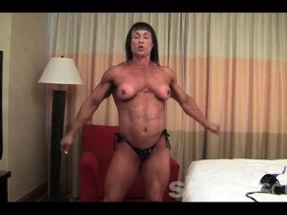 Tazzie Colomb - Who Likes Big Legs