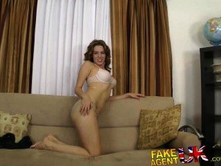 Fakeagentuk Dwarf Agent Gives Hot Slim Chick A Little Love On Casting Couch