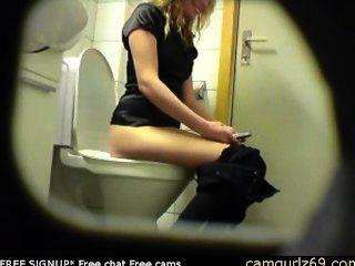 Blonde Amateur Teen Toilet Pussy Ass Hidden Spy Cam Voyeur 4 Msn Cam Sex Am