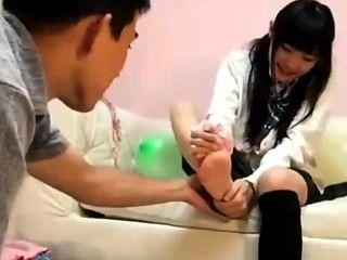 Tasting Japan Feet