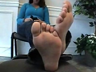 Hot Girl Removes Socks To Show Her Stinky, Sweaty Feet On Camera