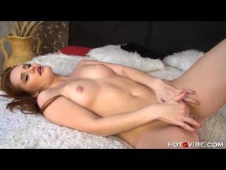 Gorgeous Redhead Teen With Shaved Cunt Masturbates