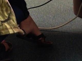 Candid Teen Flip Flop Shoeplay Dangling Feet 1