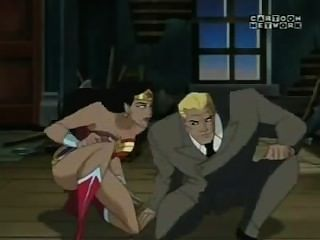 Wonder Woman Kissing